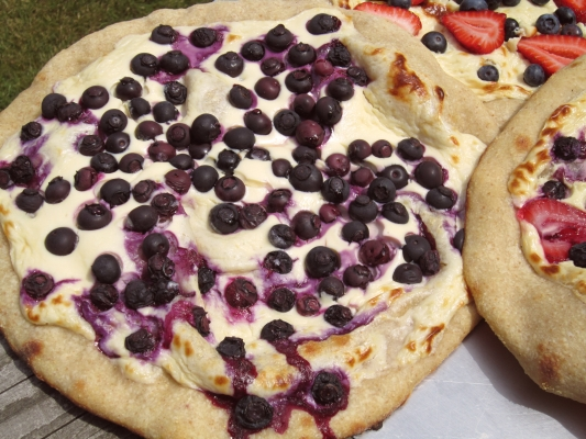 Blueberry Cheesecake Dessert Pizza
